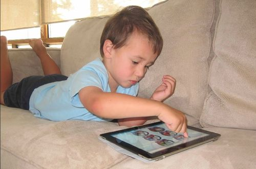 Tablet content creation for kids