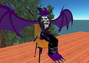 Michi_sits_as_a_dragon